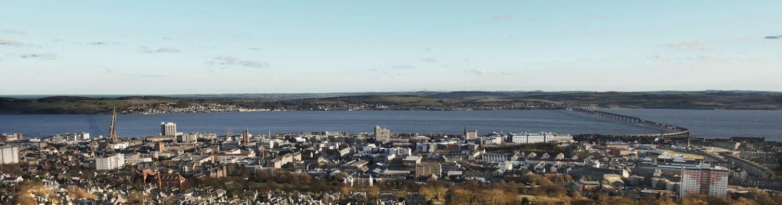 Dundee from the Law Hill